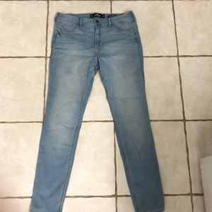 New! Hollister high rise skinny jeans